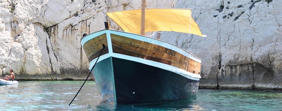 barque hugo pour vos sorties en mer autour de marseille d paysement assur. Black Bedroom Furniture Sets. Home Design Ideas